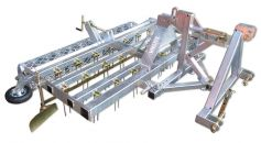 Our hippodrome planner: High-quality hot-dip galvanized and with extensive standard equipment (trailing device optional)