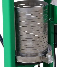 fruit mill for crushing fruit with integrated juice press