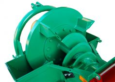 Chipping auger